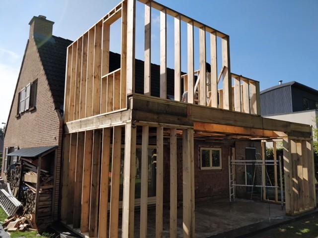 Extra Slaapkamer Aanbouwen.Een Aanbouw En Een Extra Verdieping Ralus