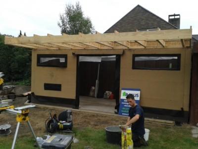 Aanbouw / bijgebouw in houtskeletbouw in Mariakerke