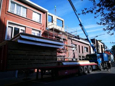 Extra verdieping via een bijgebouw in houtskeletbouw