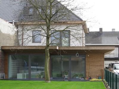 Totaalrenovatie en aanbouw / bijgebouw in houtskelebouw in Merelbeke