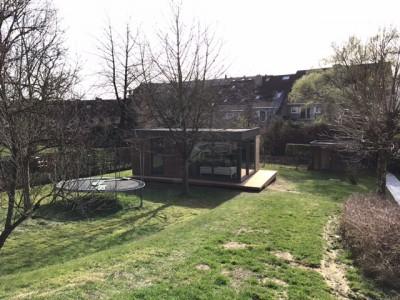 Een bijgebouw als tuinkamer in houtskeletbouw in Kessel-Lo
