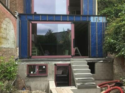 Aanbouw en extra verdieping in houtskeletbouw